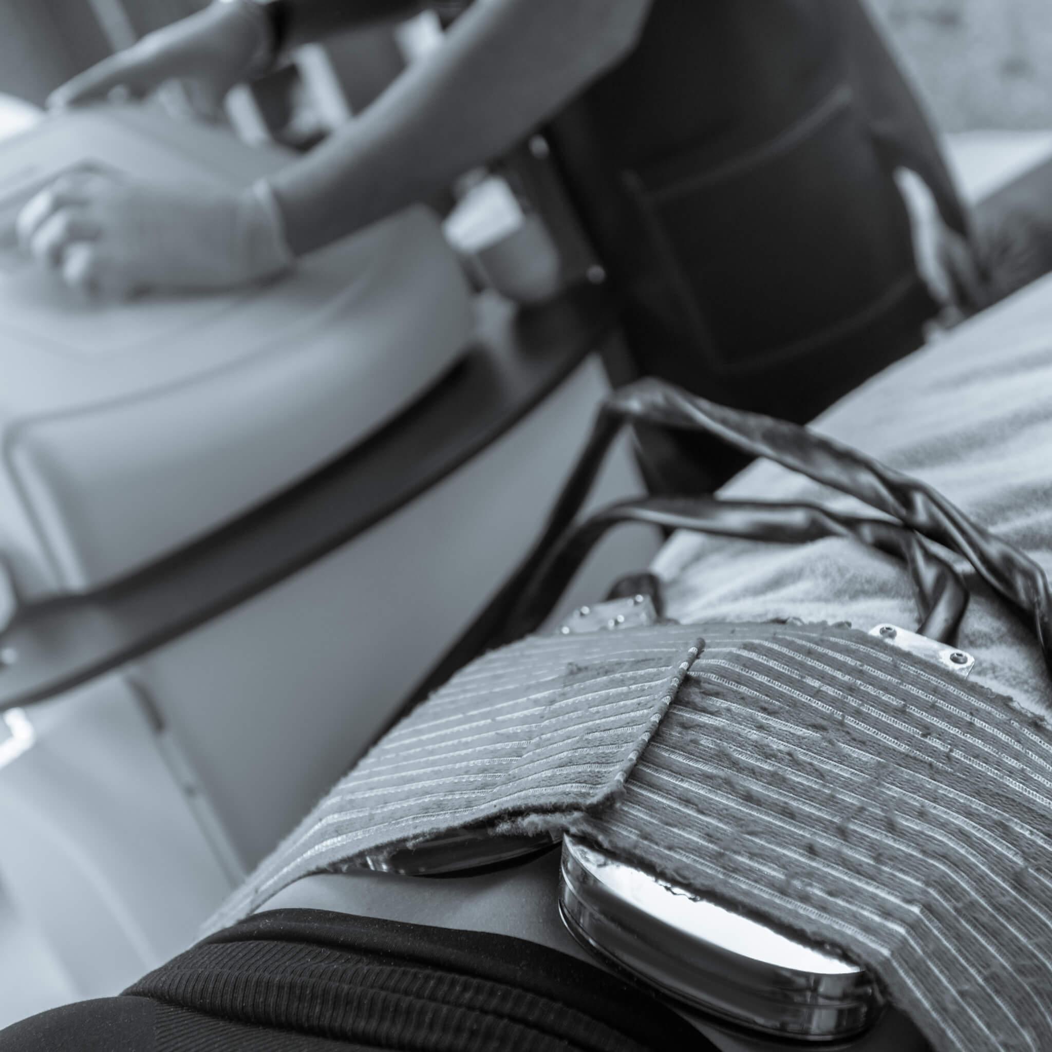 Is Laser Lipo Invasive?